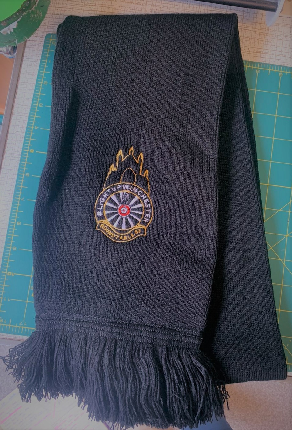 Winchester Round Table Scarf